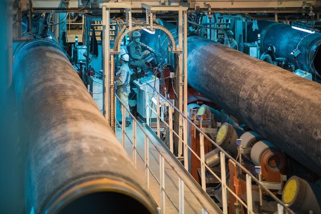 "<p>Фото © Twitter / <a href=""https://pbs.twimg.com/media/D-tfWc9X4AAScuH?format=jpg&name=medium"" target=""_self"">Nord Stream 2 Corp</a></p>"