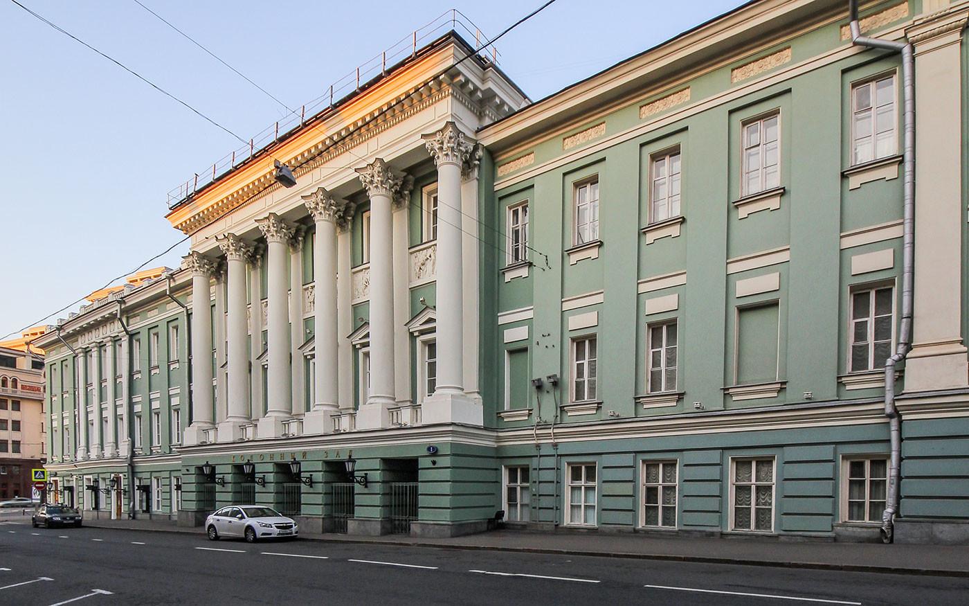 <p>Здание Дома союзов. Фото © Wikipedia</p>