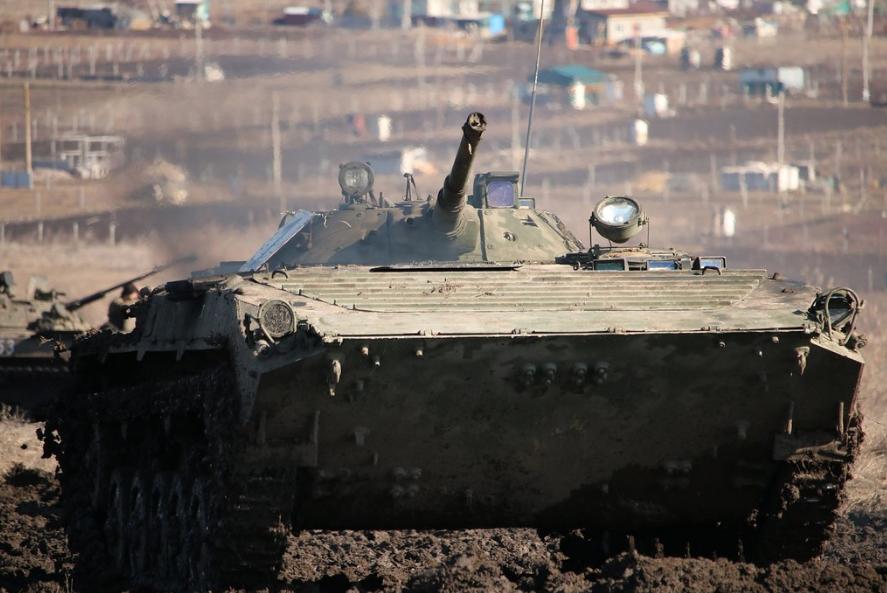 """<p>БМП-2 Вооружённых сил Украины. Фото © Flickr / <a href=""""https://www.flickr.com/photos/ministryofdefenceua/33108049336/in/photolist-Syr2jd-3VbXy4-ZbgHN4-Z73dXd-RCi1EQ-Z73dUC-REPoWa-SRc8Sd-SRc8Lm-SRc8jQ-242yqNQ-REPoYz-SF1qo7-SF1qRS-242yqPw-SrDpAQ-SrDpNy-RggbjZ-RdApnJ"""" target=""""_self"""">Ministry of Defense of Ukraine</a></p>"""