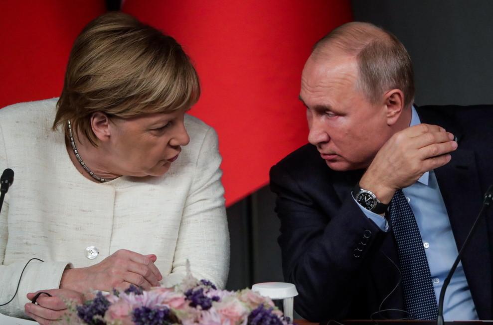 <p>Канцлер Германии Ангела Меркель и президент РФ Владимир Путин. Фото © ТАСС / Михаил Метцель</p>