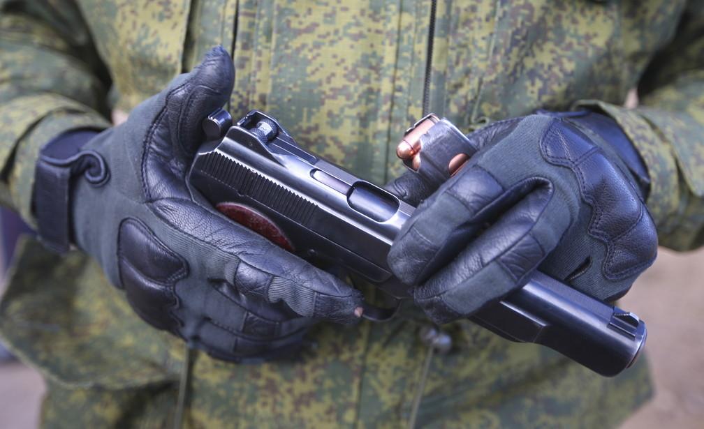 <p>Автоматический пистолет Стечкина. Фото © ТАСС / Сергей Бобылев</p>