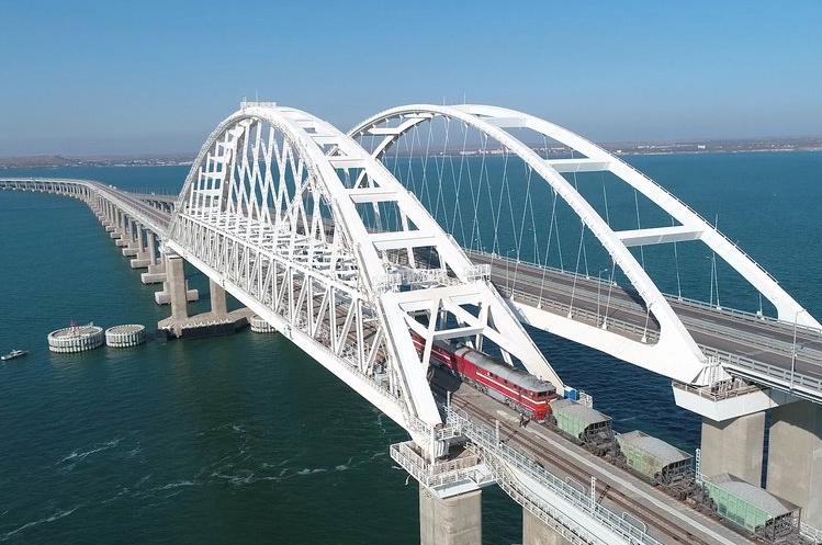 "<p>Фото © Инфоцентр <a href=""https://www.most.life/multimedia/foto/"" target=""_self"">""Крымский мост""</a></p>"