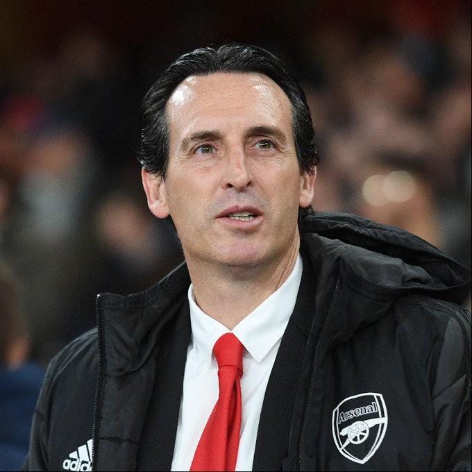 "<p>Фто © <a href=""https://www.arsenal.com/news/emery-defeat-xhakas-return-and-injury-news"" target=""_self"">Arsenal.com</a></p>"