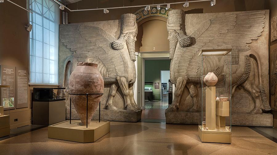 Крылатые львы из дворца Ашшурнацирапала II. IX век до н.э. Фото © Государственный музей изобразительных искусств имени А.С. Пушкина