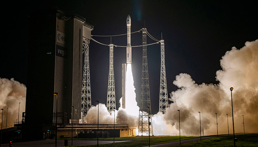"""<p>Фото © <a href=""""https://www.arianespace.com/mission-update/vv16-launch-success/"""" target=""""_blank"""" rel=""""noopener noreferrer"""">Arianespace</a></p>"""