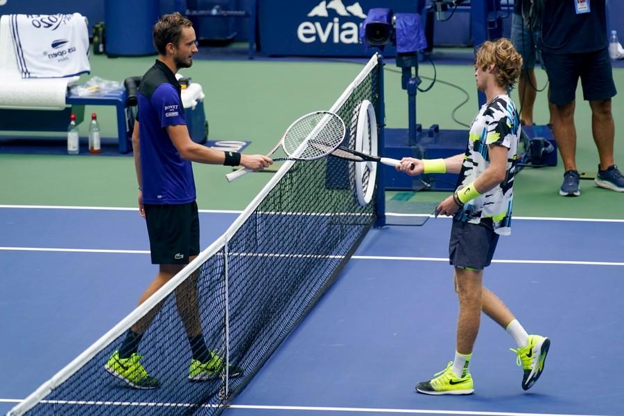 Медведев и Рублёв — новые супергерои русского тенниса. Фото © AP / TASS / Seth Wenig