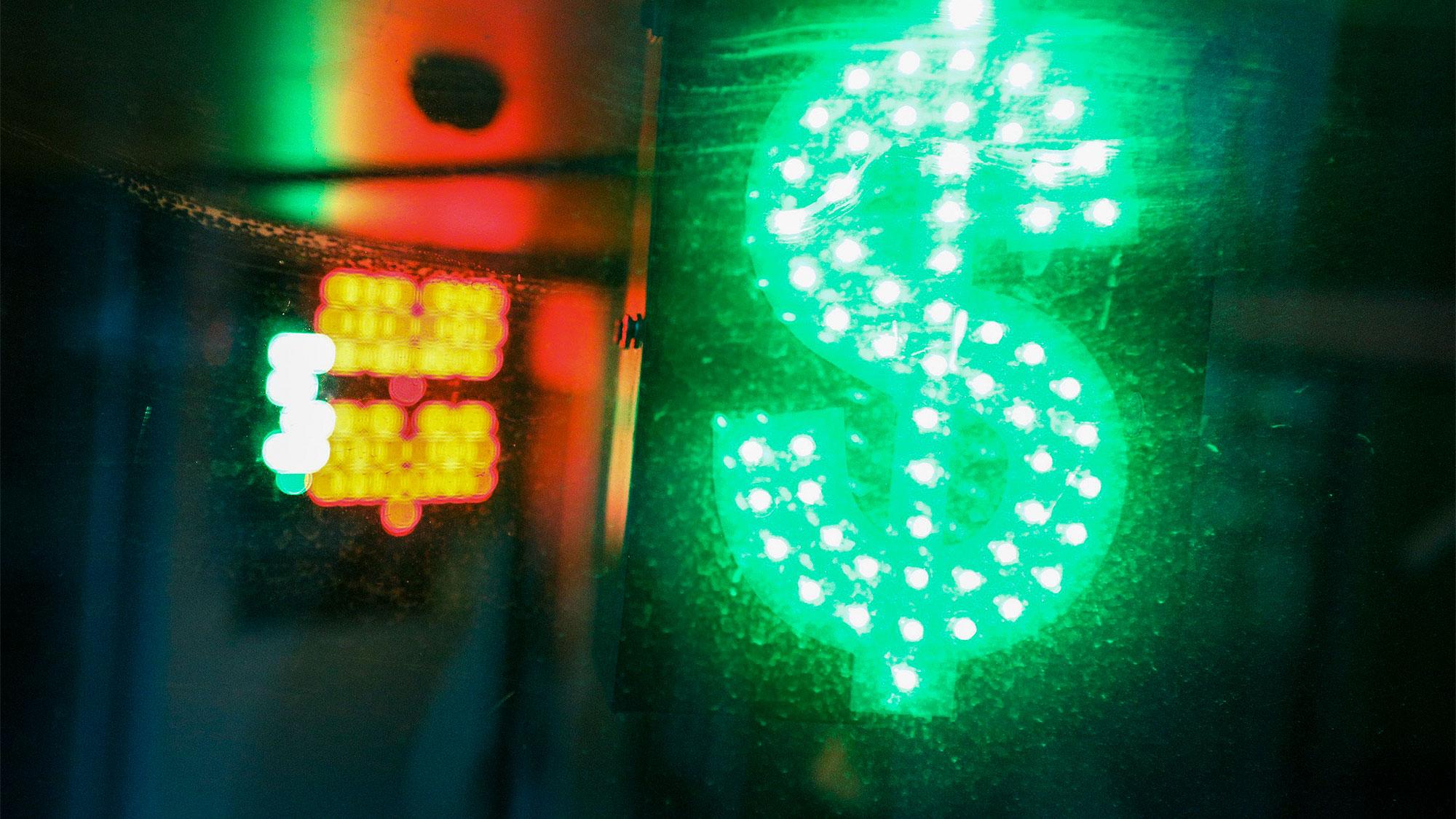 Свет в конце тоннеля. На валютном рынке наметилась оптимистичная для рубля тенденция