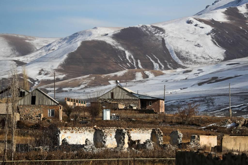 МИД Карабаха назвал историческим призыв сената Франции признать его независимость