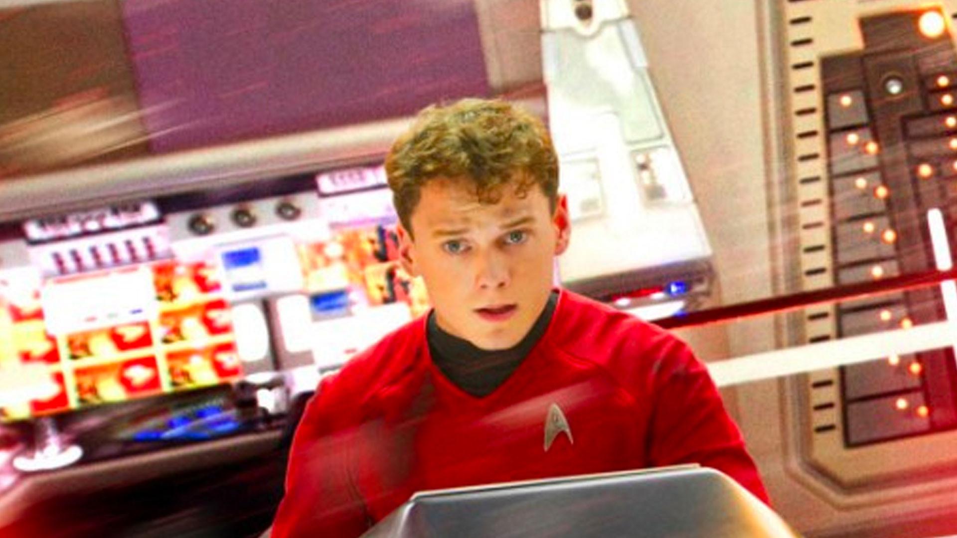 """Военный корабль в """"Звёздном пути"""" назвали в честь погибшего актёра Антона Ельчина"""
