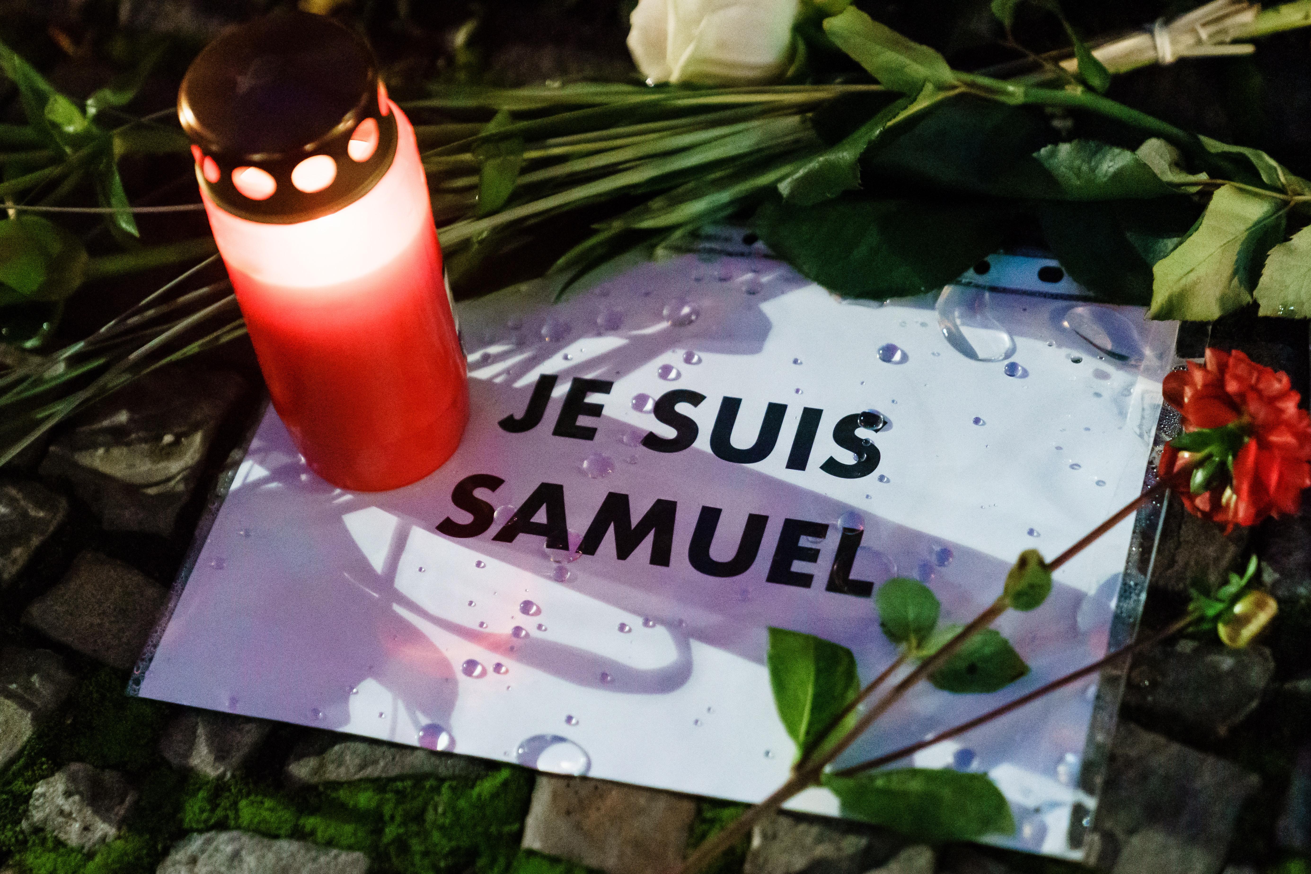 Рэпера из Франции обвинили в оправдании терроризма из-за упоминания убийства учителя
