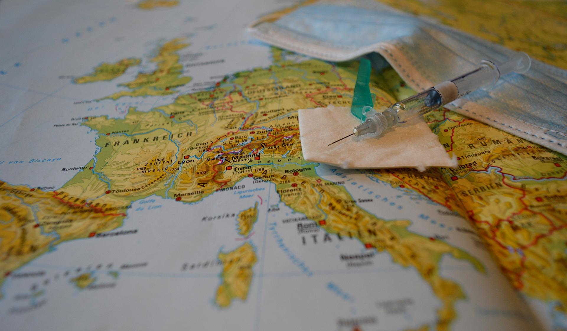 """В Венгрии сообщили о сильном европейском лобби против вакцин """"извне"""""""
