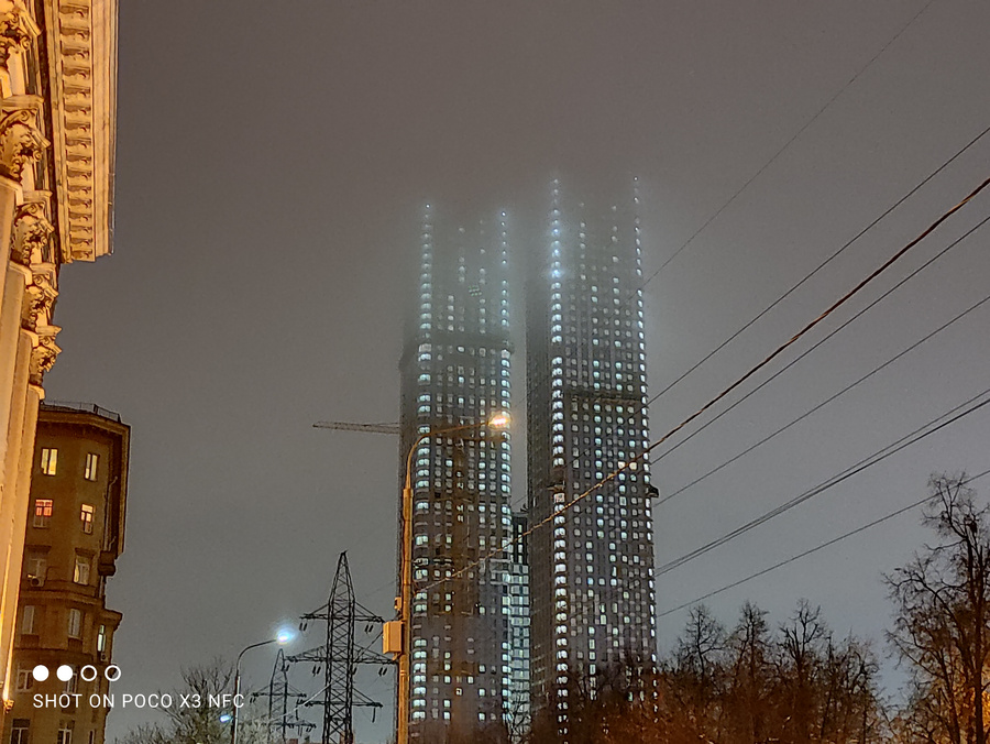 Ночной режим. Фото © LIFE / Денис Марков