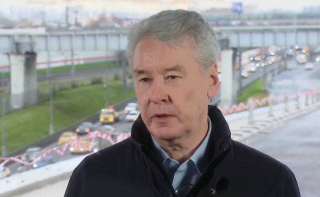 Собянин рассказал, на сколько выросло число машин в Москве за 10 лет