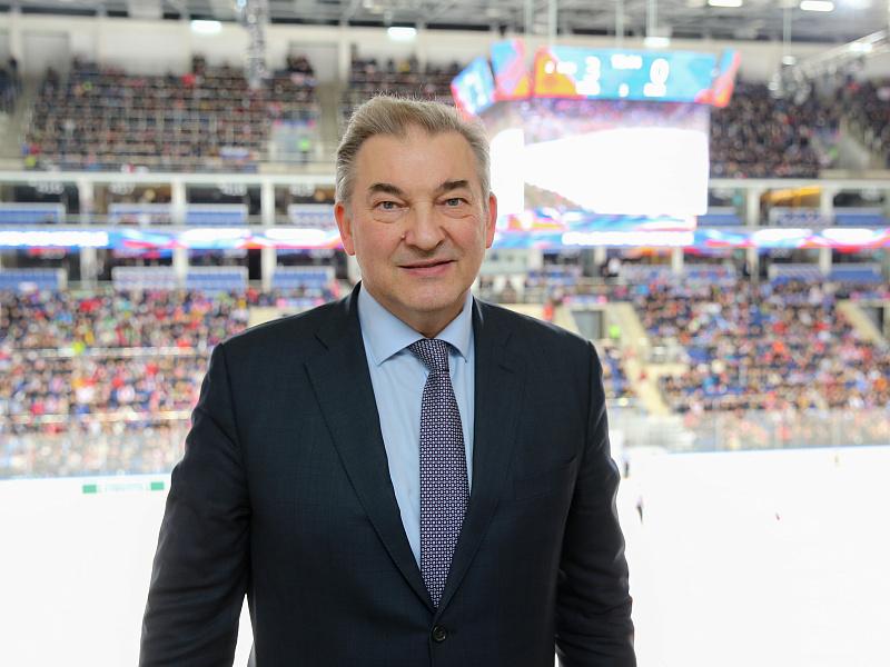 <p>Федерация хоккея России, учитывая все обстоятельства непростого хоккейного сезона, приняла решение повезти на Кубок Карьяла молодую команду. Этот ход станет одним из этапов подготовки к очень важному турниру — молодёжному чемпионату мира</p>