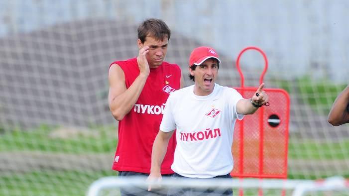 Артём Дзюба и Унаи Эмери. Фото © ТАСС / Антон Сергиенко