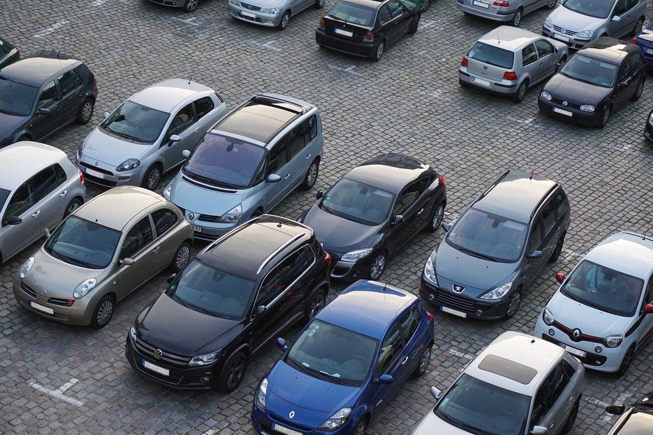 Парковки на улицах Москвы 8 марта будут бесплатными