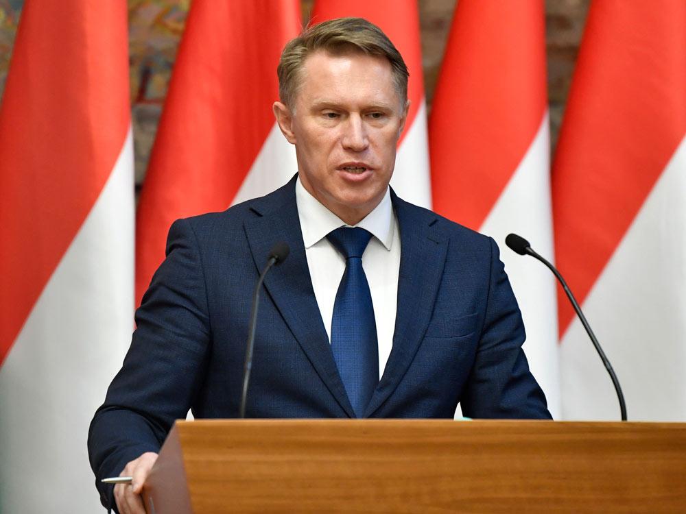 Мурашко заявил о дефиците в России некоторых лекарств от коронавируса