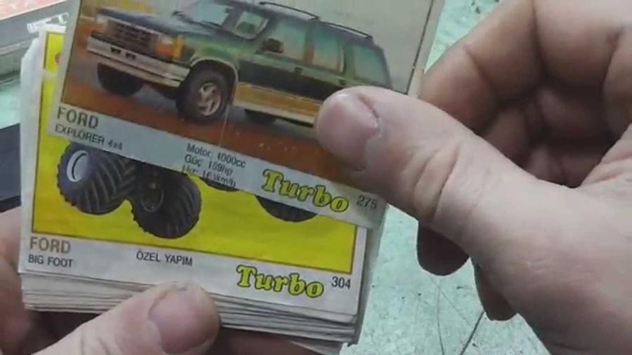 Вкладыши от жевательной резинки Turbo. Скриншот видео: Youtube / ЛЮБОЙ ЦЕНОЙ