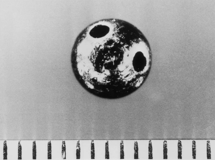 Капсула со смертельным ядом, который был введён в ногу Маркову с помощью зонтика. Фото © Keystone / Getty Images