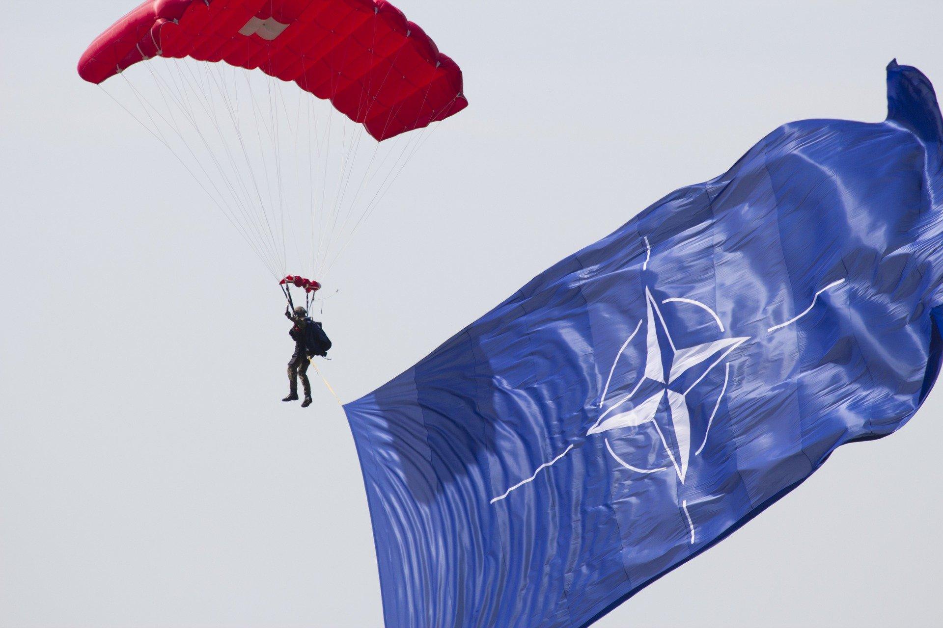 Мечта для любого альянса: в Госдуме оценили просьбу Зеленского к Байдену помочь Украине вступить в НАТО