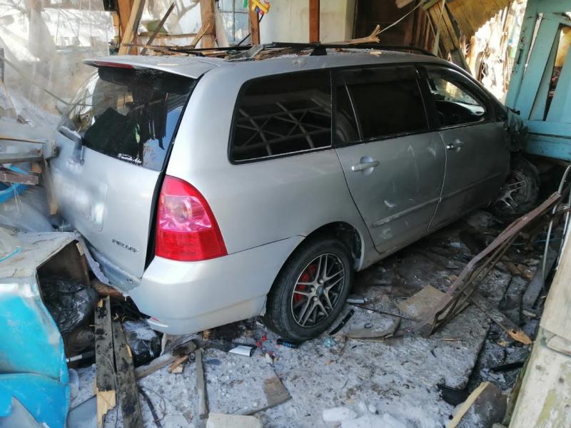 В Приморье водитель под наркотиками насмерть задавил бабушку на крыльце её дома