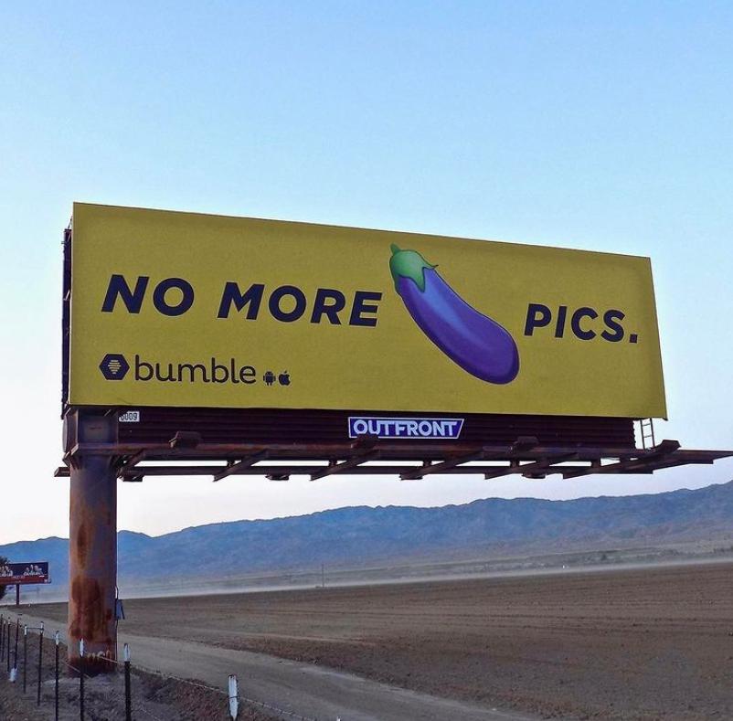 Рекламный щит Bumble. Фото © Instagram / whitney
