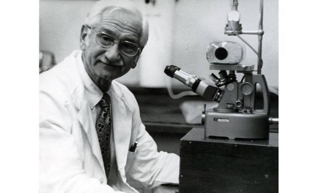 Вирусолог Альберт Сейбин. Фото © Jewish.ru