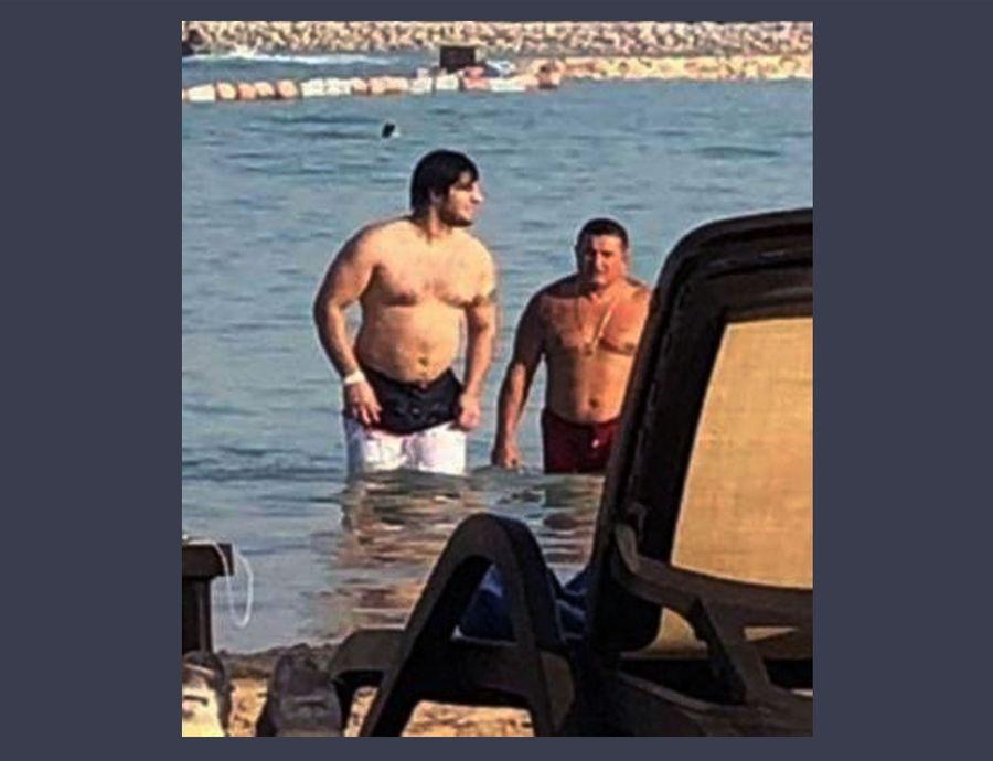 Хан Ахмедлинский и Лоту Гули в море. Фото © Прайм Крайм