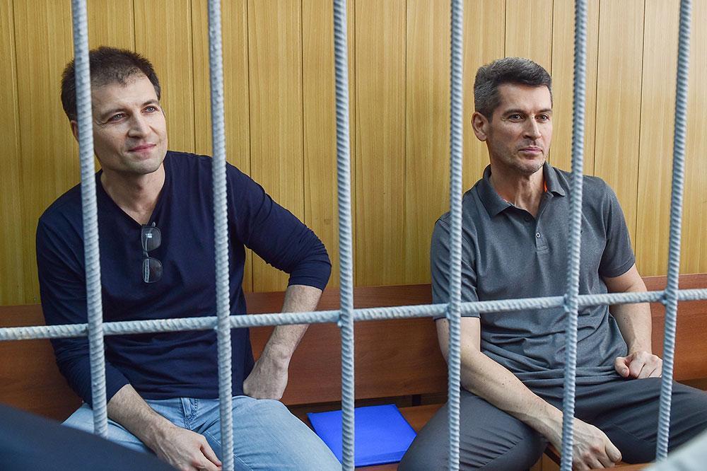 Братья Зиявудин и Магомед Магомедовы. Фото © ТАСС / Дмитрий Серебряков