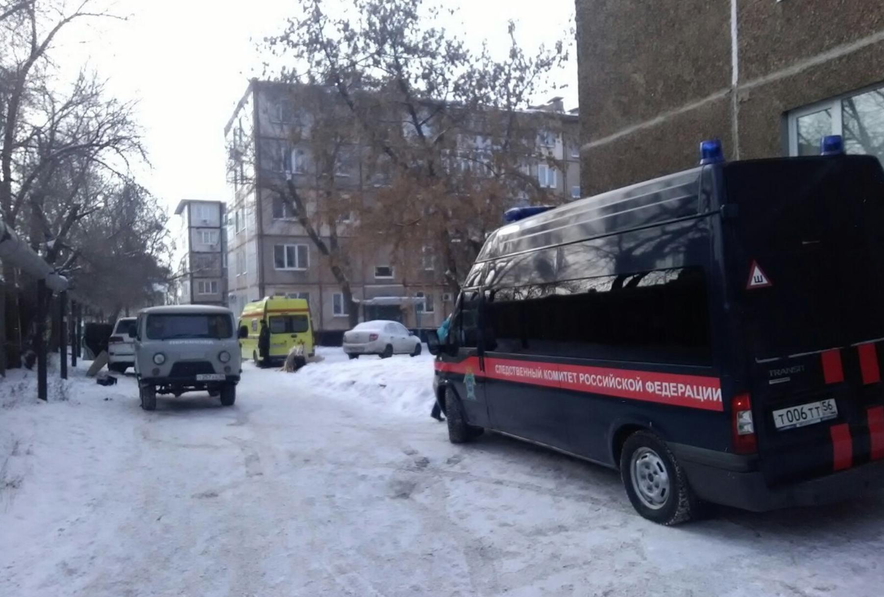 Фото с места убийства бизнесмена Дениса Чернова в Оренбурге. Фото © RIA56.RU