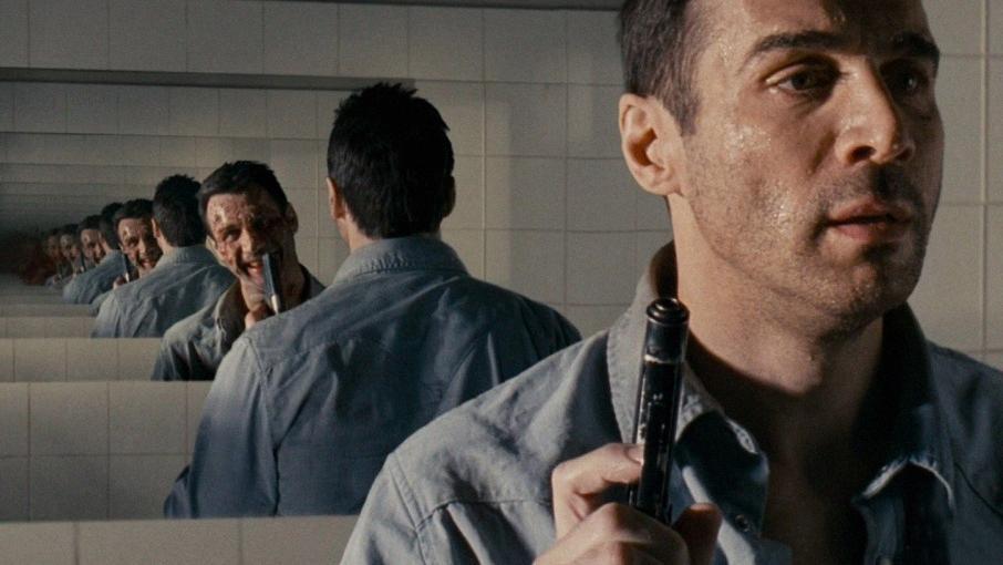 """Кадр из фильма """"Ужас на глубине 9 миль"""" / © """"Кинопоиск"""""""