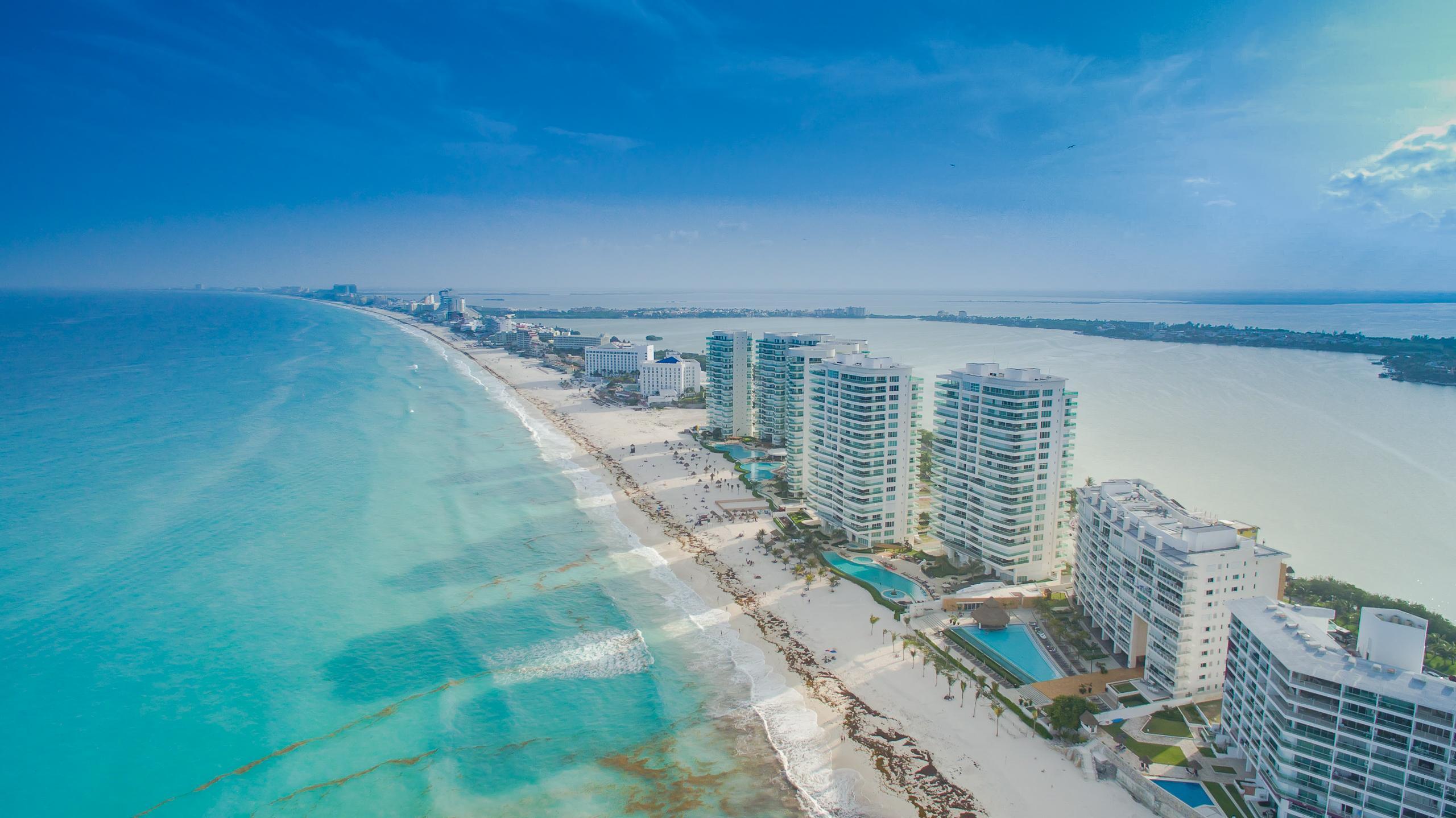 Канкун. Фото © Wikimedia Commons / Dronepicr