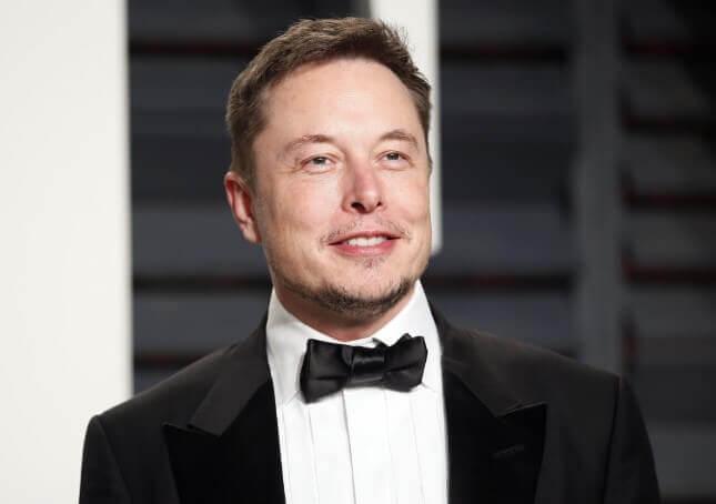 <p>SpaceX строит плавучие космопорты сверхтяжёлого класса для полётов на Марс, Луну и гиперзвуковых полётов вокруг Земли</p>
