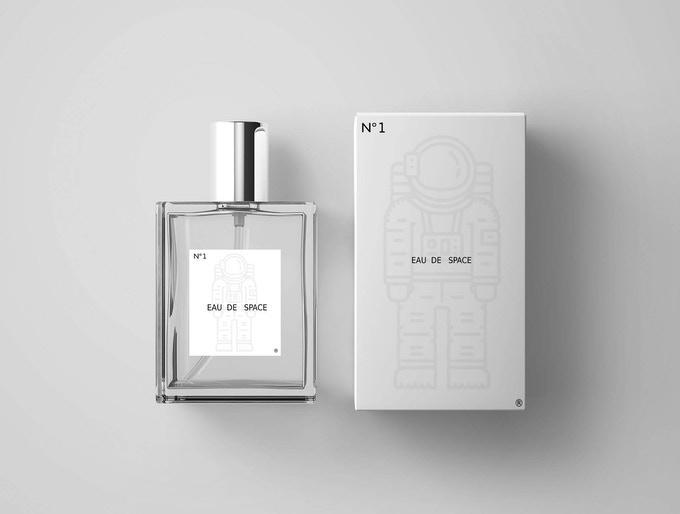 "<p>Фото © <a href=""https://www.kickstarter.com/projects/eaudespace/what-does-outer-space-smell-like-nasa-designed-fragrance"" target=""_blank"" rel=""noopener noreferrer"">Kickstarter.com</a></p>"