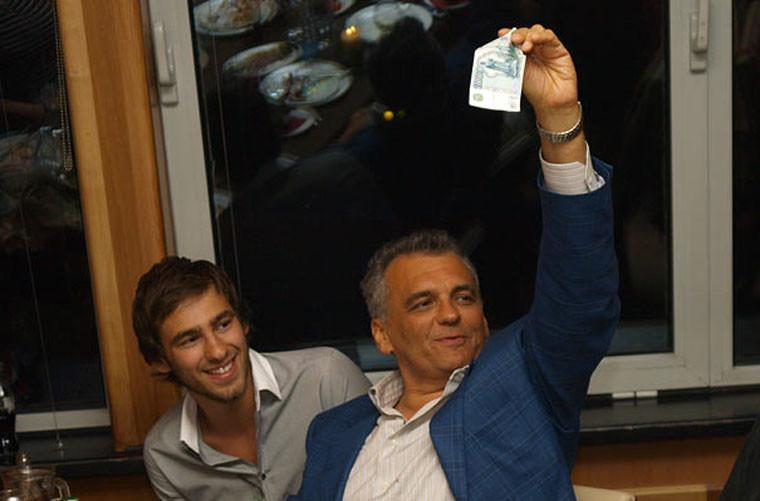 """Юрий Глоцер с сыном Филиппом. Фото © Интернет-издание """"Глагол"""""""