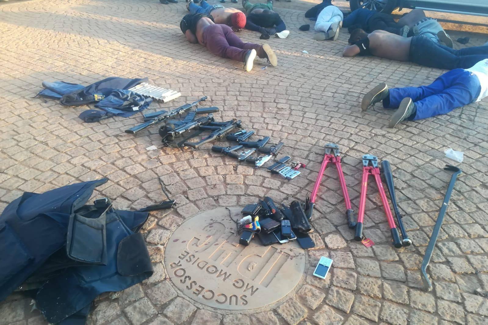Пять человек убито при попытке захвата церкви в Йоханнесбурге