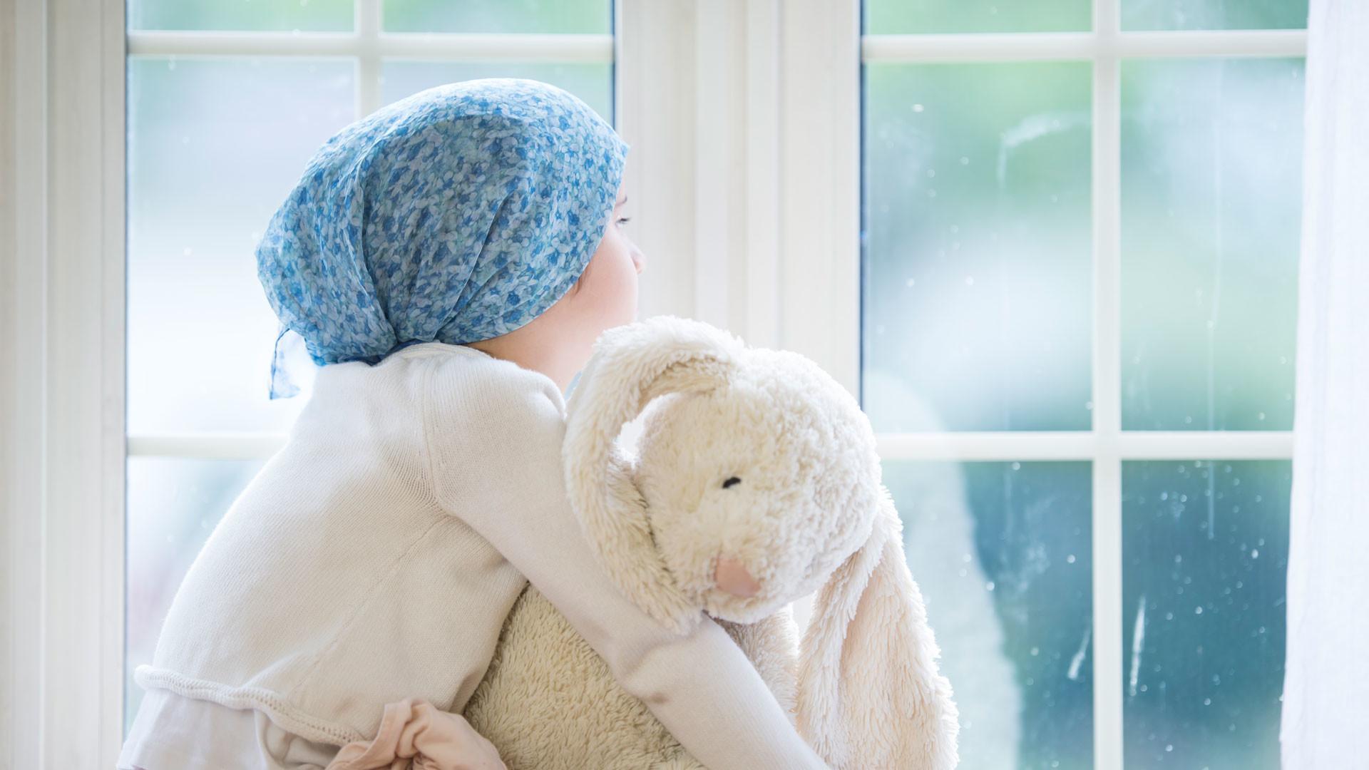 Онколог назвал три основных признака ранней стадии рака у детей