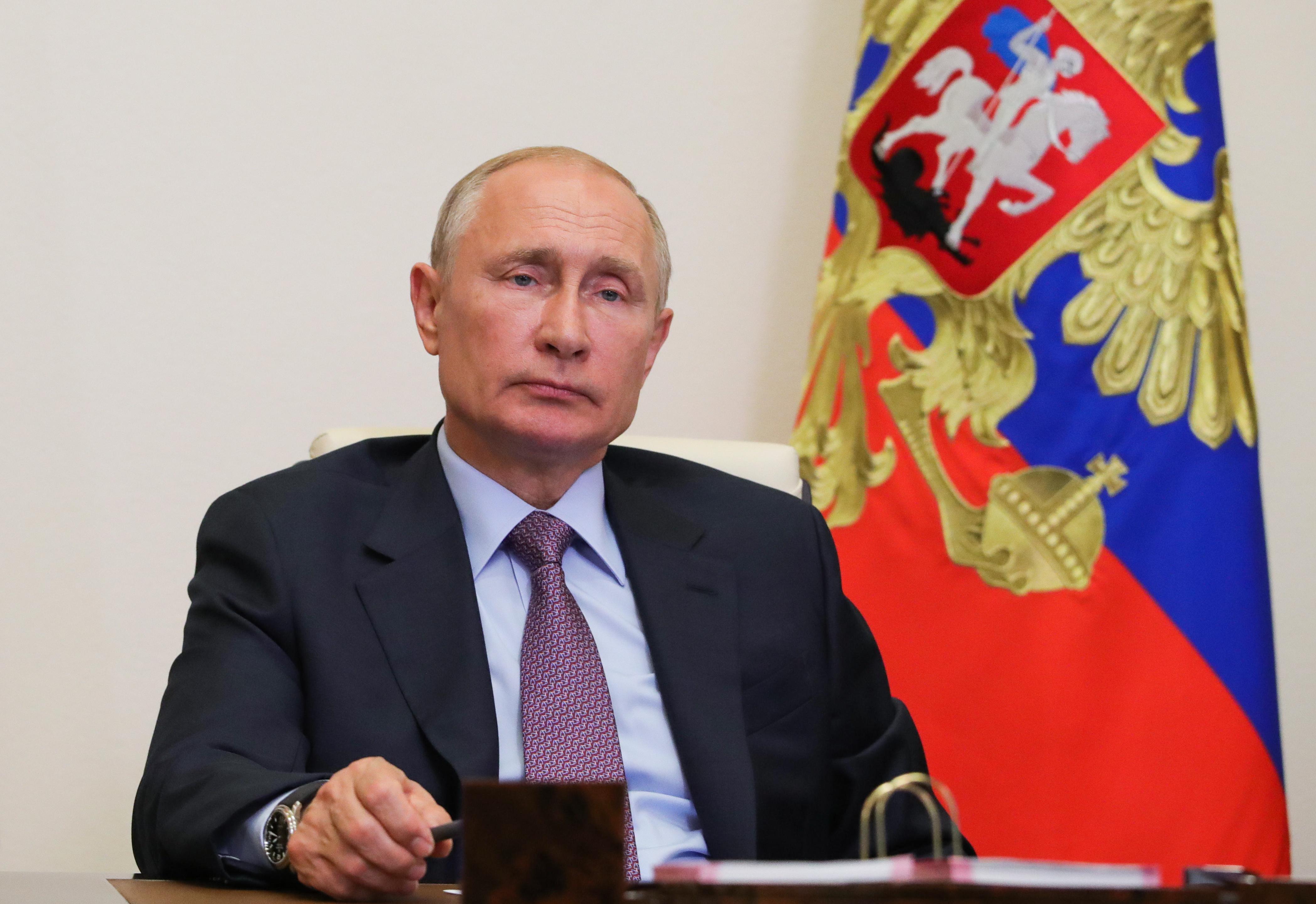 Путин: Общенациональное единение позволило достойно ответить на вызов эпидемии