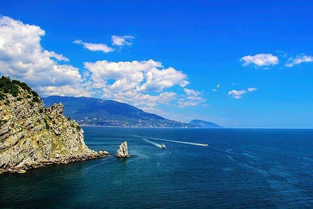 Россиянам рассказали о самых дешёвых турах на Чёрное море во второй половине июля
