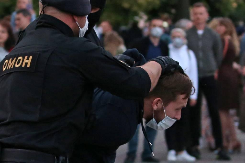 В Минске задержали более ста участников несанкционированной акции протеста