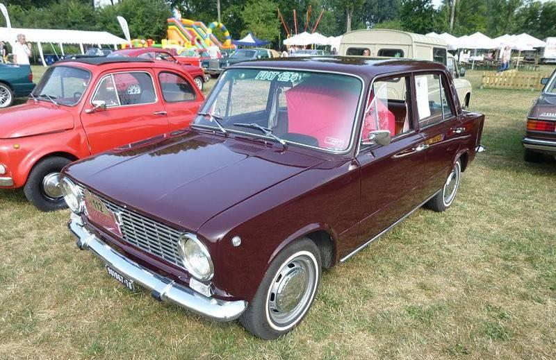 Итальянский автомобиль Fiat 124. Фото © Wikipedia