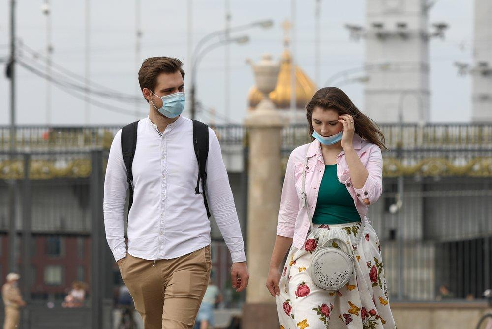 Песков: Речи о дополнительных ограничениях из-за коронавируса не идёт