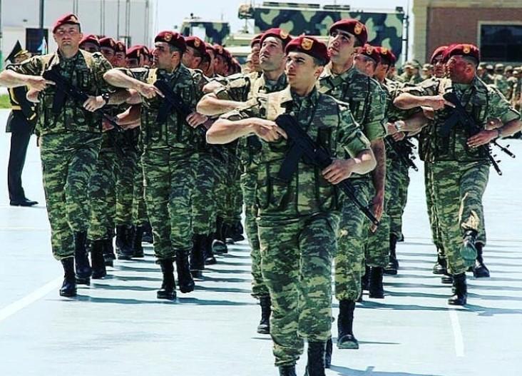 "<p>Фото © Instagram / <a href=""https://www.instagram.com/p/B_YFE1JnKDQ/"" target=""_blank"" rel=""noopener noreferrer"">azerbaijan_soldier</a></p>"