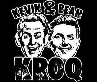 Логотип утреннего радиошоу KROQ's Kevin and Bean. Изображение © Facebook / ian.granstra.52