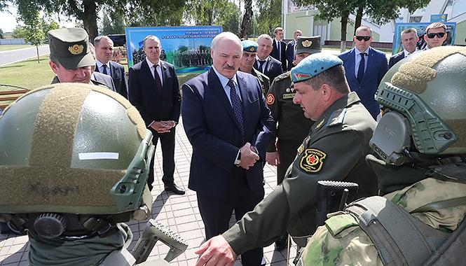 Лукашенко оценил возможность привлечения армии к наведению порядка в Белоруссии
