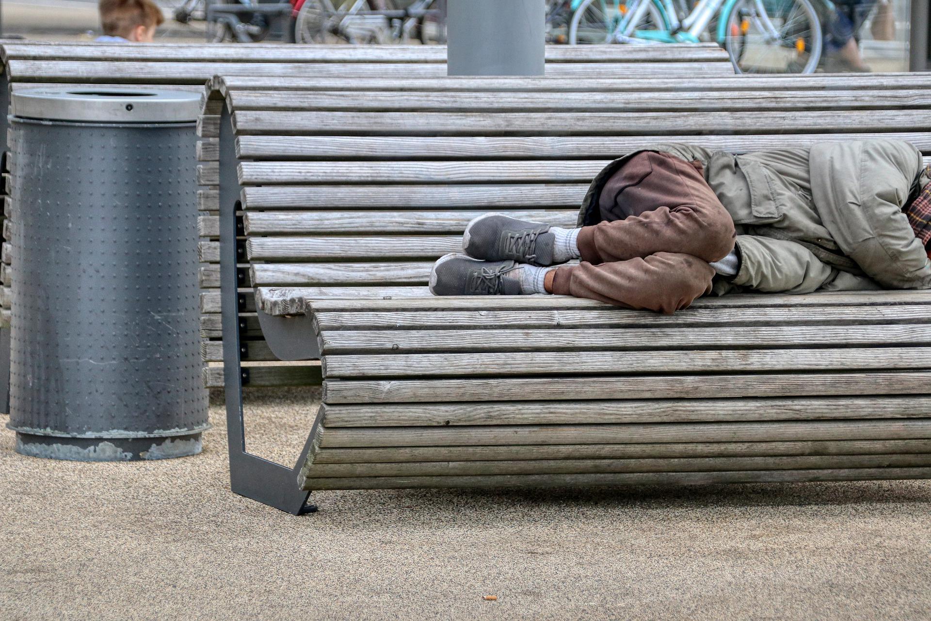 СМИ: Более 20 миллионов снимающих жильё американцев могут оказаться на улице