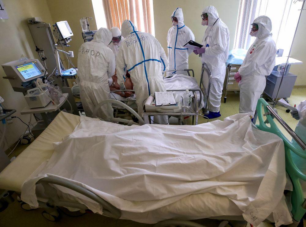 Глава Минздрава назвал число пациентов с CoViD-19 в реанимациях