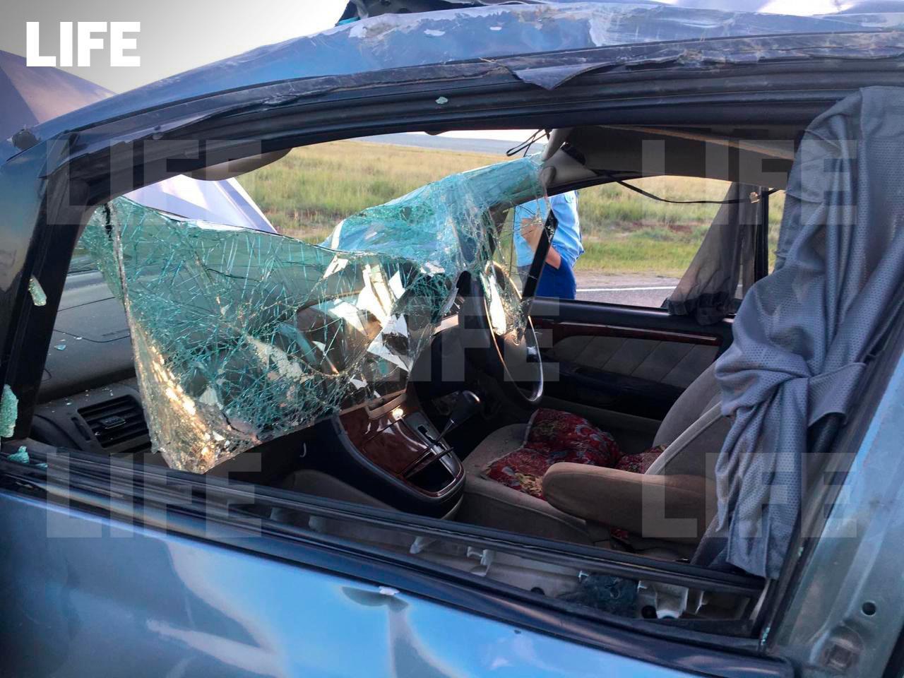 В аварии на трассе в Туве погиб ребёнок и пострадали ещё шестеро детей