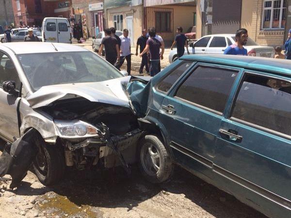 В ДТП с легковушками в Ингушетии погибло два человека