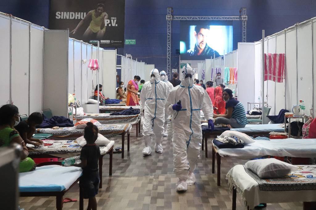 В ВОЗ заявили об усилении пандемии коронавируса в мире